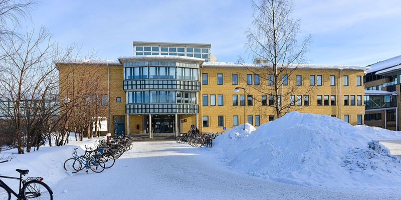 Umeå University picture By Arild Vågen [CC BY-SA 3.0 (https://creativecommons.org/licenses/by-sa/3.0)], from Wikimedia Commons
